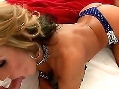 Nikki Sexx Shows Off Her Sexy Assets As She Gets Her Mouth Banged By Mans Stiff Meat Pole