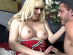 Horny Shemale Jesse Luvs Having Stud To