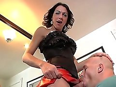 Domina Tranny Mummy Danika Dreamz Gasps Her Sissy Dude With