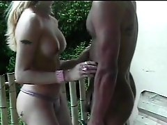 Blonde Tranny Gets Her Turgid Boner Guzzled By Dude